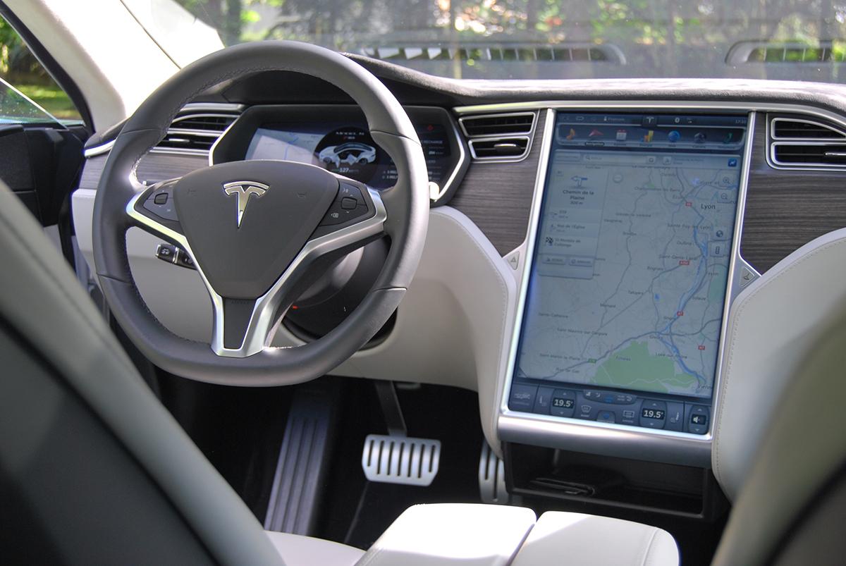 Tesla Modèle S P85